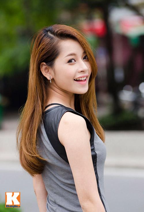 Vẻ đẹp tươi trẻ của hot girl Chi Pu - 2