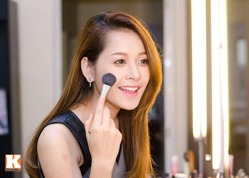 Vẻ đẹp tươi trẻ của hot girl Chi Pu - 9