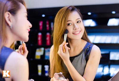 Vẻ đẹp tươi trẻ của hot girl Chi Pu - 8