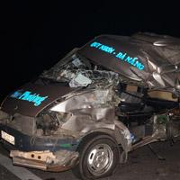 Tai nạn xe khách kinh hoàng ở Quảng Nam