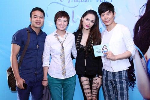Hương Giang Idol bật khóc bên mẹ - 7