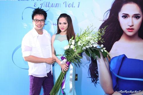 Hương Giang Idol bật khóc bên mẹ - 12