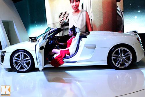 Soi những xe đắt nhất Vietnam Motor Show 2013 - 1