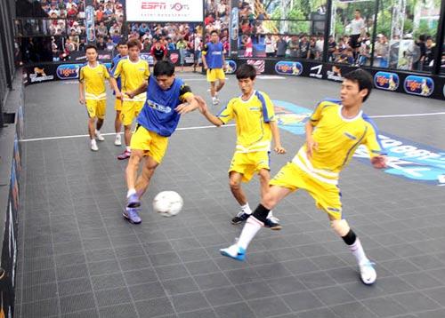 HOT: Hồi hộp chờ lễ hội Street Football tại Hà Nội - 1