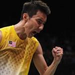 Thể thao - Tay vợt số 1 thế giới chấp 3 người cùng lúc