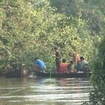 Tin tức trong ngày - Lật xuồng trên sông, 7 người chết và mất tích