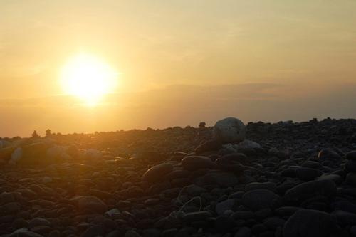 Ám ảnh lời nguyền trên bãi đá đen ở Thái Lan - 2