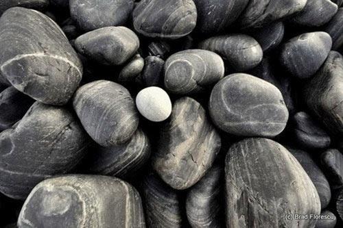 Ám ảnh lời nguyền trên bãi đá đen ở Thái Lan - 5