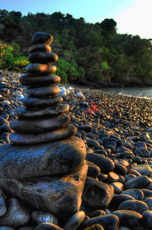 Ám ảnh lời nguyền trên bãi đá đen ở Thái Lan - 6