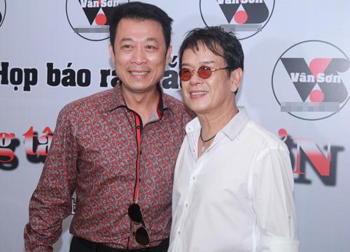 Danh hài Vân Sơn đưa cả ekip về Việt Nam - 5