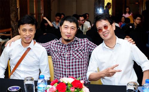 Danh hài Vân Sơn đưa cả ekip về Việt Nam - 6