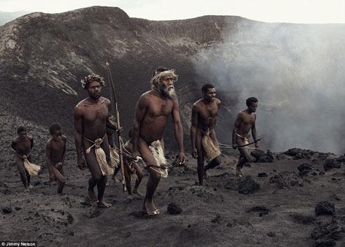 Những bộ lạc sắp biến mất khỏi trái đất - 12