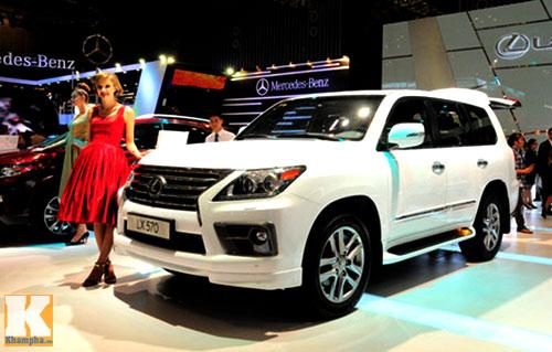 Soi những xe đắt nhất Vietnam Motor Show 2013 - 7
