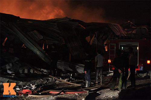 Cháy dữ dội ở Nhà máy Diana Bắc Ninh - 13