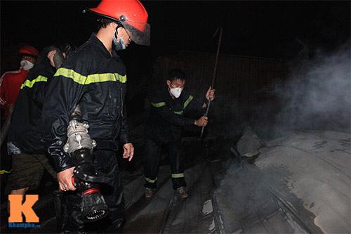Chùm ảnh: Vật lộn dập lửa tại nhà máy Diana - 5