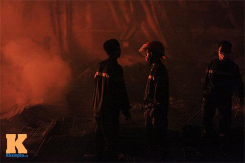 Cháy dữ dội ở Nhà máy Diana Bắc Ninh - 9