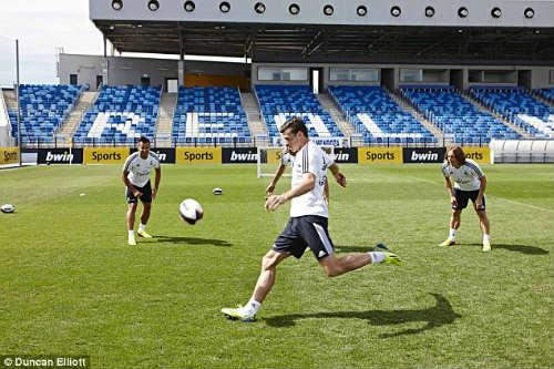 """Real luyện """"tuyệt chiêu"""" đối phó Barca - 2"""
