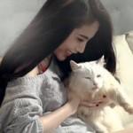 Ca nhạc - MTV - Thủy Tiên khoe chân dài bên thú cưng