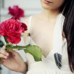 Bạn trẻ - Cuộc sống - Tình yêu của cô gái bán hoa