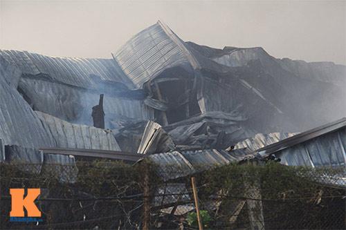Cháy dữ dội ở Nhà máy Diana Bắc Ninh - 2