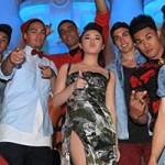 Ca nhạc - MTV - Văn Mai Hương nổi hơn dàn sao ngoại