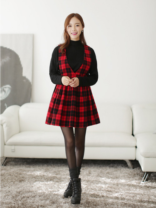 Bí quyết diện váy tới sở mùa thu đông - 1