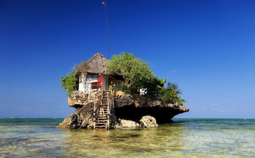 Độc đáo nhà hàng trên đá ở châu Phi
