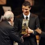 Bóng đá - Blatter chế nhạo Ronaldo, Real nổi giận
