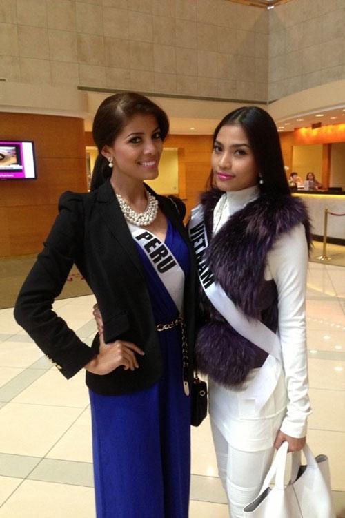 Trương Thị May nổi bật tại Miss Universe - 13