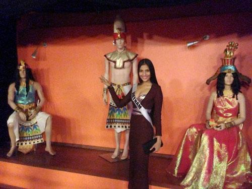 Trương Thị May nổi bật tại Miss Universe - 10