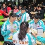 - VĐV Việt ăn buffet, uống thuốc bổ chuẩn bị cho SEA Games