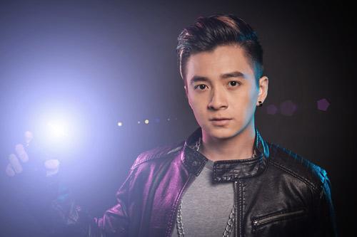 Thủy Tiên hỗ trợ Ngô Kiến Huy làm show - 6