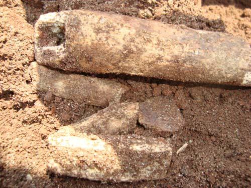"""""""Cậu Thủy"""" và cuộc khai quật ly kỳ ở Bình Phước - 2"""
