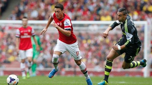 Arsenal: Canh bạc buông Cup, vượt đèo - 2