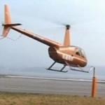 Tin tức trong ngày - TQ: Phi công dùng trực thăng mở nắp chai bia