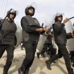 Tin tức trong ngày - Ai Cập: Cảnh sát bao vây trường đàn áp sinh viên