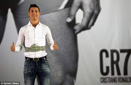 "Ronaldo bán đồ lót ""CR7"" - 3"
