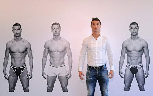 "Ronaldo bán đồ lót ""CR7"" - 4"