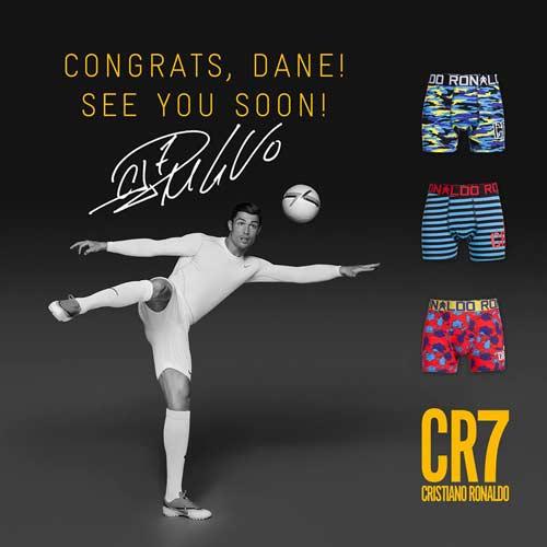 "Ronaldo bán đồ lót ""CR7"" - 6"