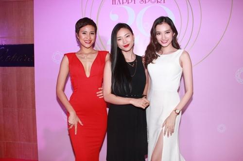 3 mỹ nhân Việt khoe trang sức đắt tiền - 2