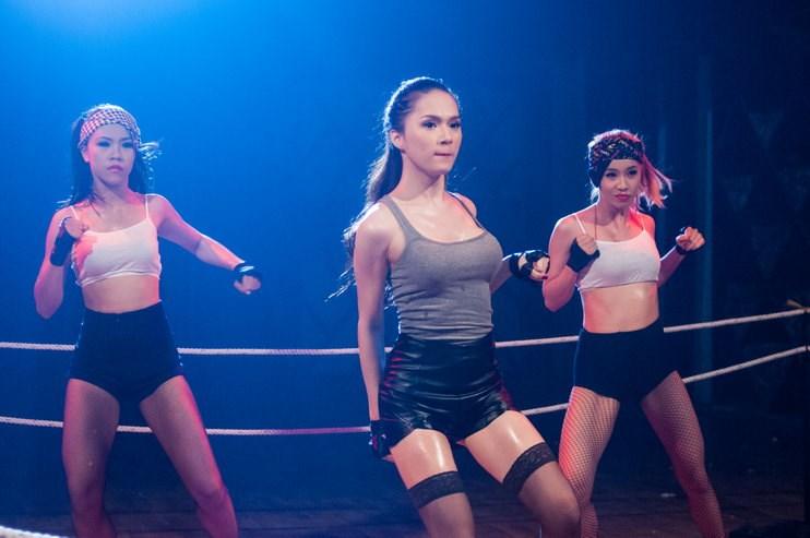 Hương Giang Idol hóa boxing girl gợi cảm - 6