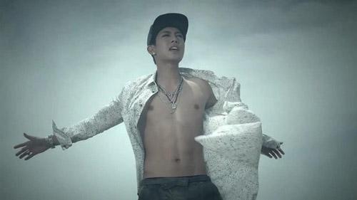 Những MV K-Pop đẹp lung linh trên biển - 8