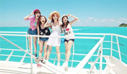 Những MV K-Pop đẹp lung linh trên biển - 14