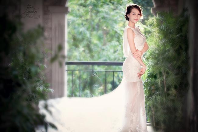Ngô Thị Hằng Nga - Hoa khôi Imiss Thăng Long Hà Nội 2012