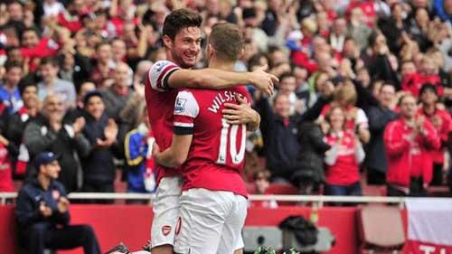 Arsenal- Liverpool: Ngôi đầu đổi chủ? - 1