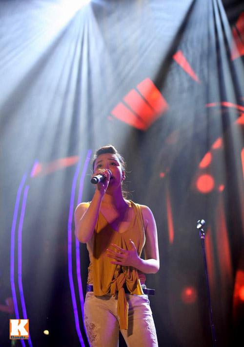 Bằng Kiều ngồi bệt tập hát với Hương Hồ - 6