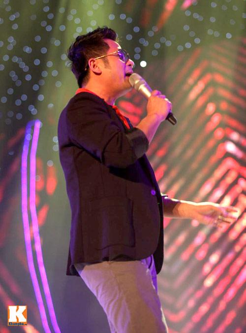 Bằng Kiều ngồi bệt tập hát với Hương Hồ - 9