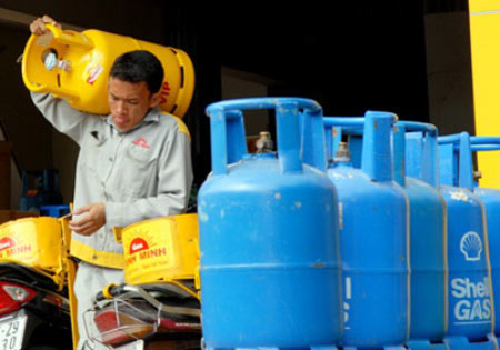 Gas bán lẻ tăng 18.000 đồng/bình - 1