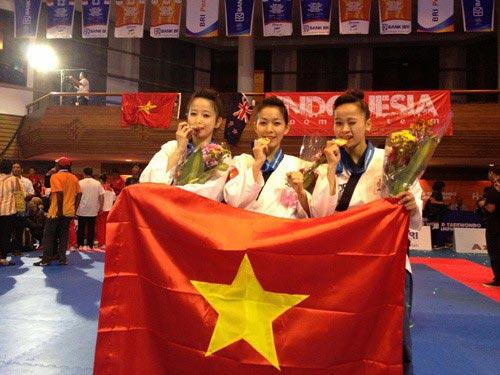 Nhan sắc của hotgirl vô địch taekwondo Châu Tuyết Vân - 2