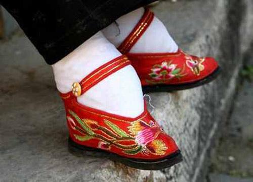 Những đôi giày kỳ quái nhất trên thế giới - 14